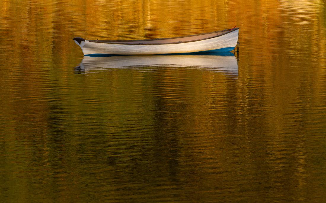 pulling skiff autumn