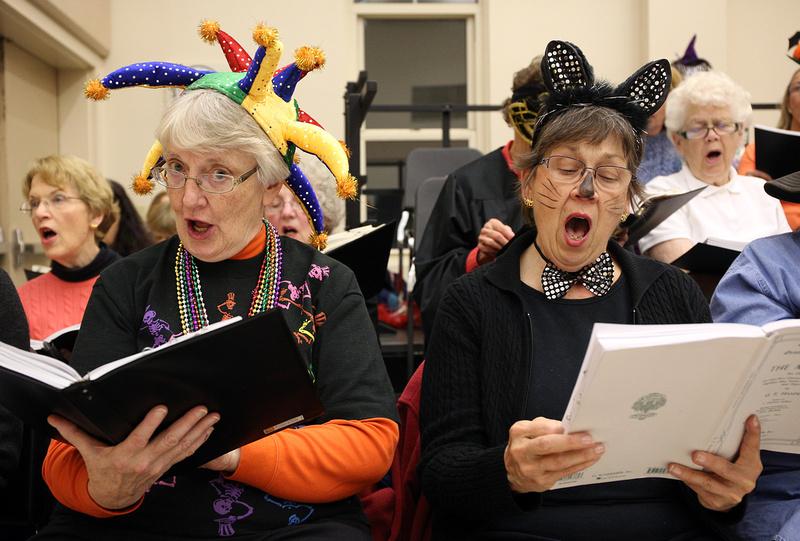 Chorus of the North Shore Spooky Rehearsal